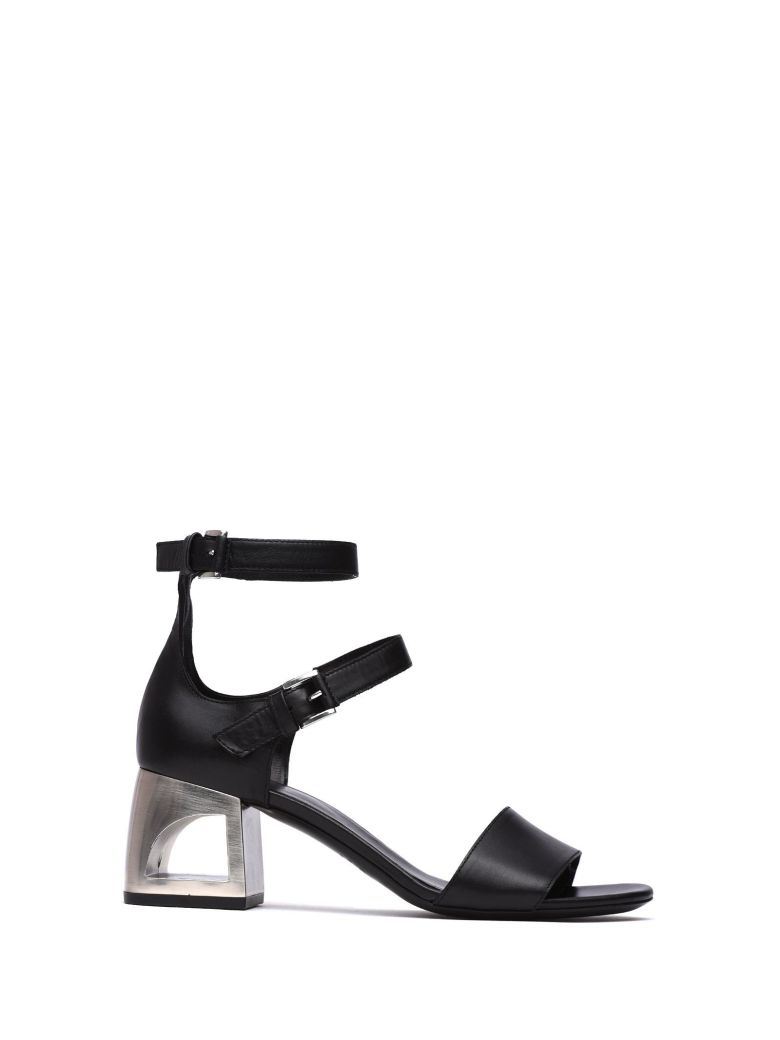 VIC MATIE BLACK SANDAL WITH CLOSED HEEL AND MINI STRAPS