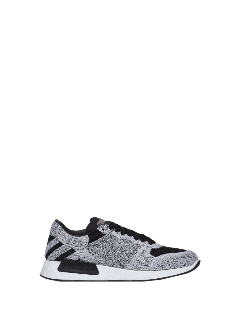 BARRACUDA BLACK AND SILVER SNEAKERS