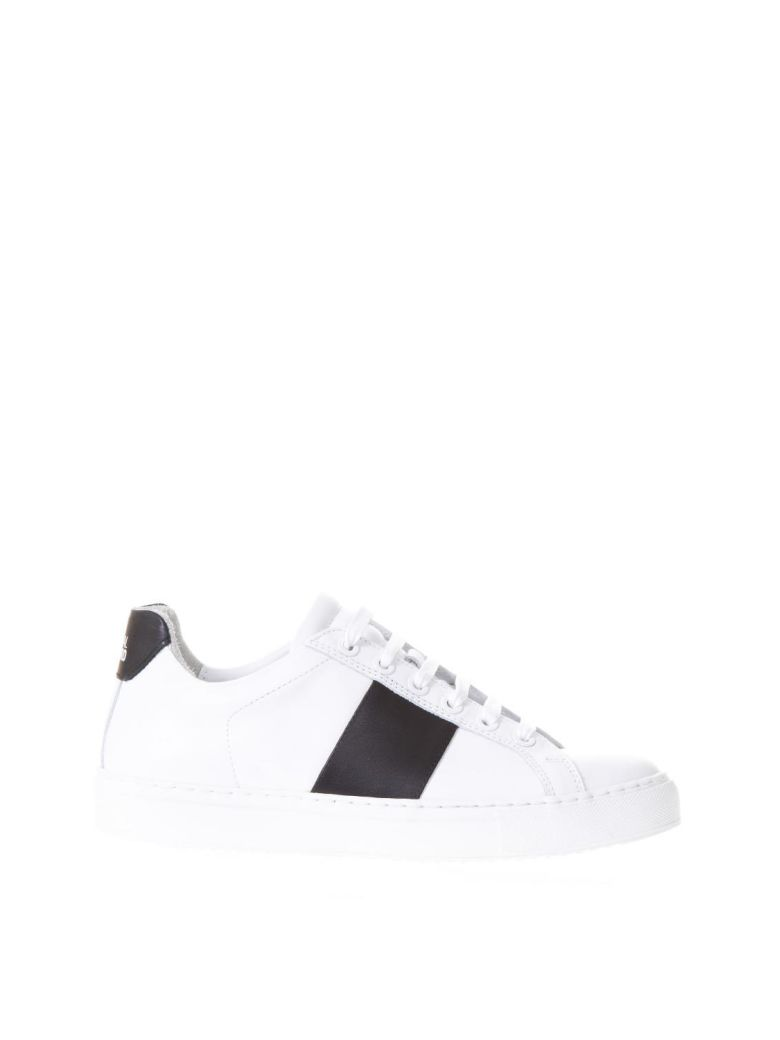 NATIONAL STANDARD WHITE & BLACK LEATHER SNEAKERS