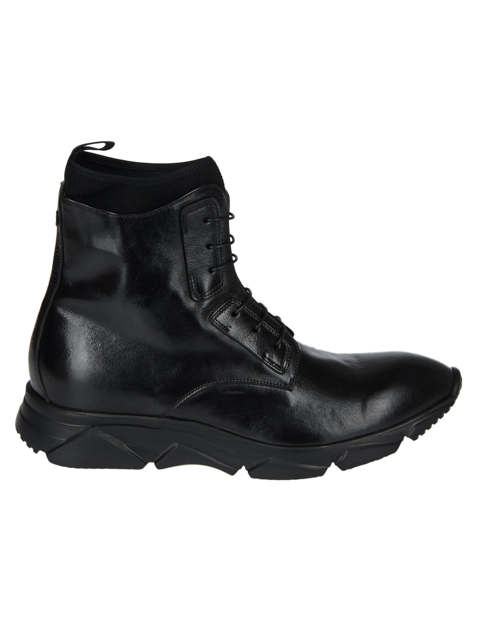 RAPARO Lace-Up Boots in Black