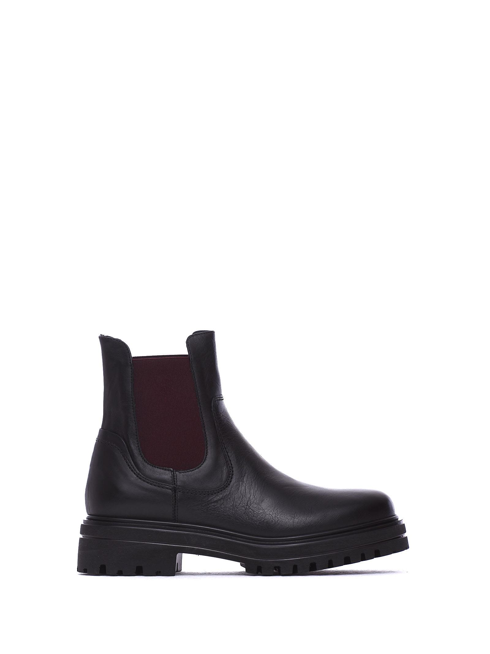 JANET&JANET Molly Black Ankle Boots in Nero