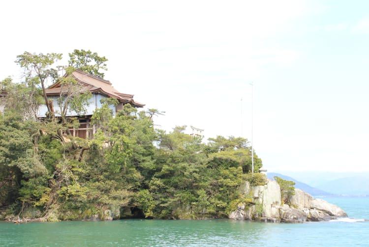 Tsukubusuma-jinja Shrine