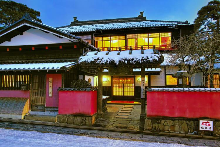 somaro -maiko teahouse - hina doll gallery