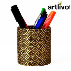 UBER ELEGANT Golden Brass Round Pen Holder