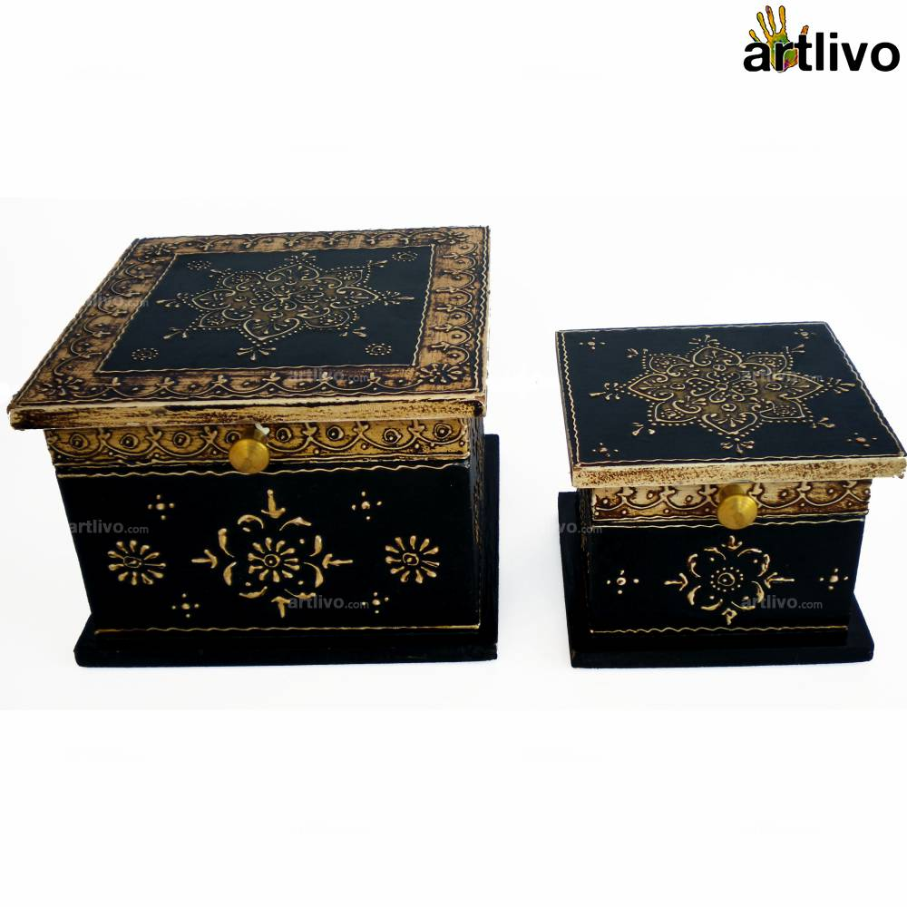 EMBOSSED Floral Motifs Box Set
