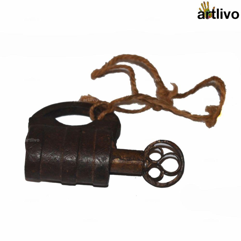 Vintage Lock - CU101