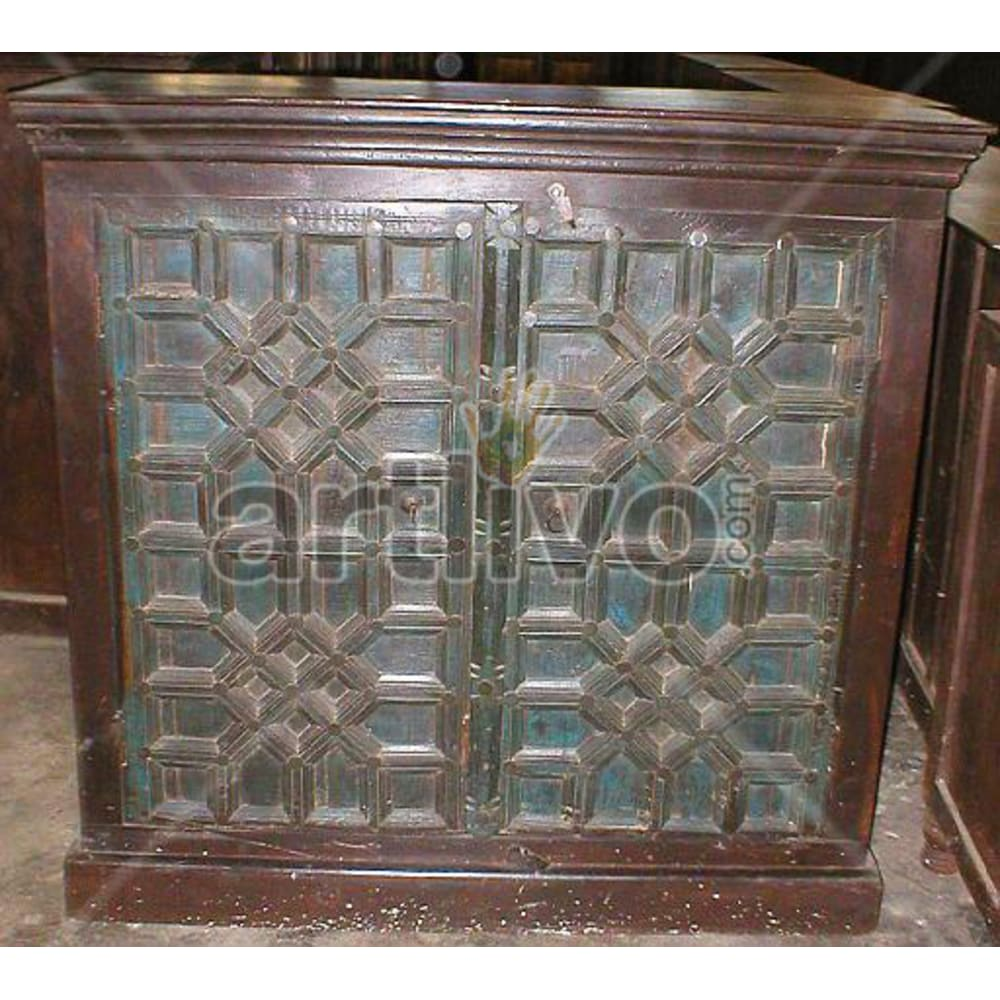 Antique Indian Sculpted Lavish Solid Wooden Teak Almirah