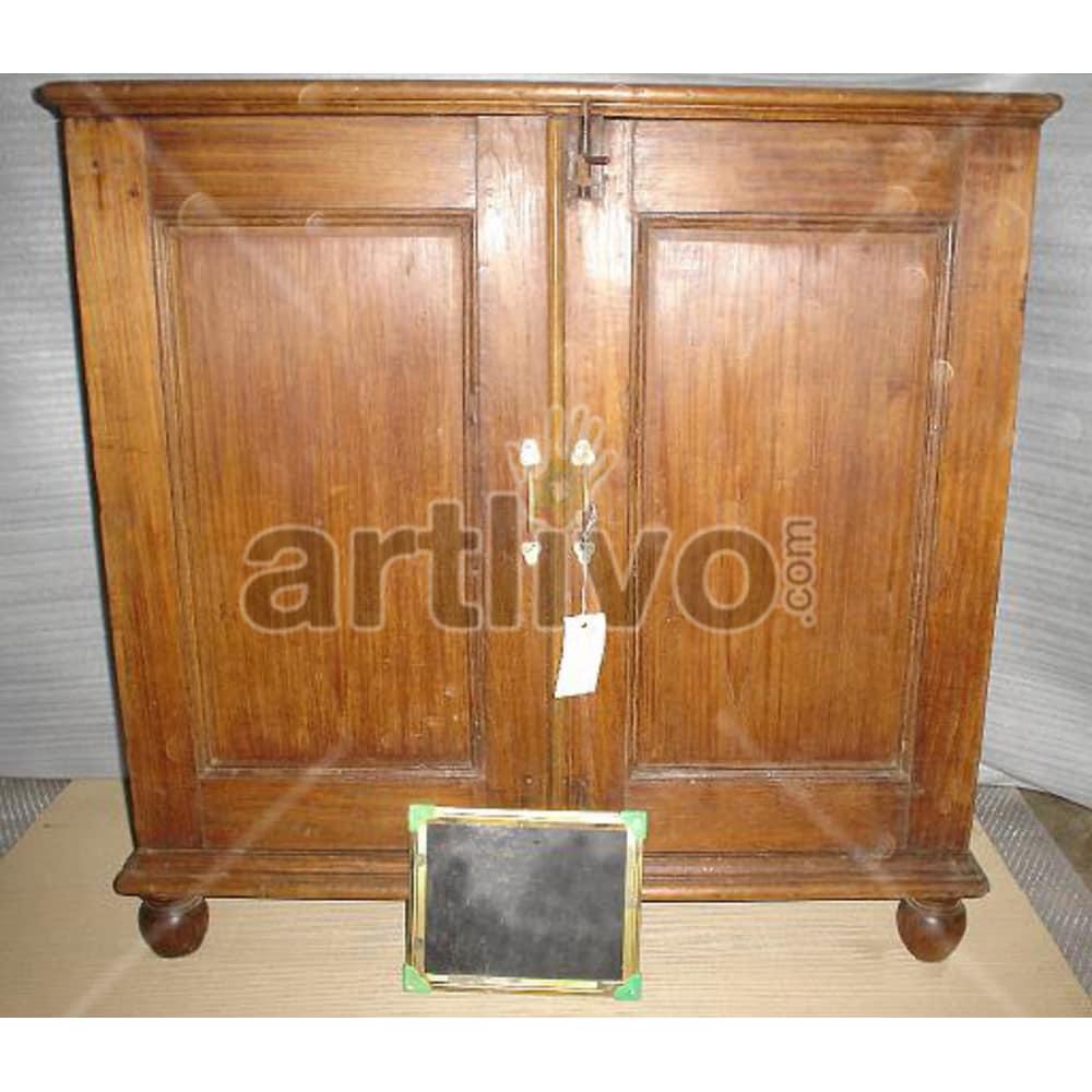 Vintage Indian Chiselled Plush Solid Wooden Teak Sideboard with 2 door