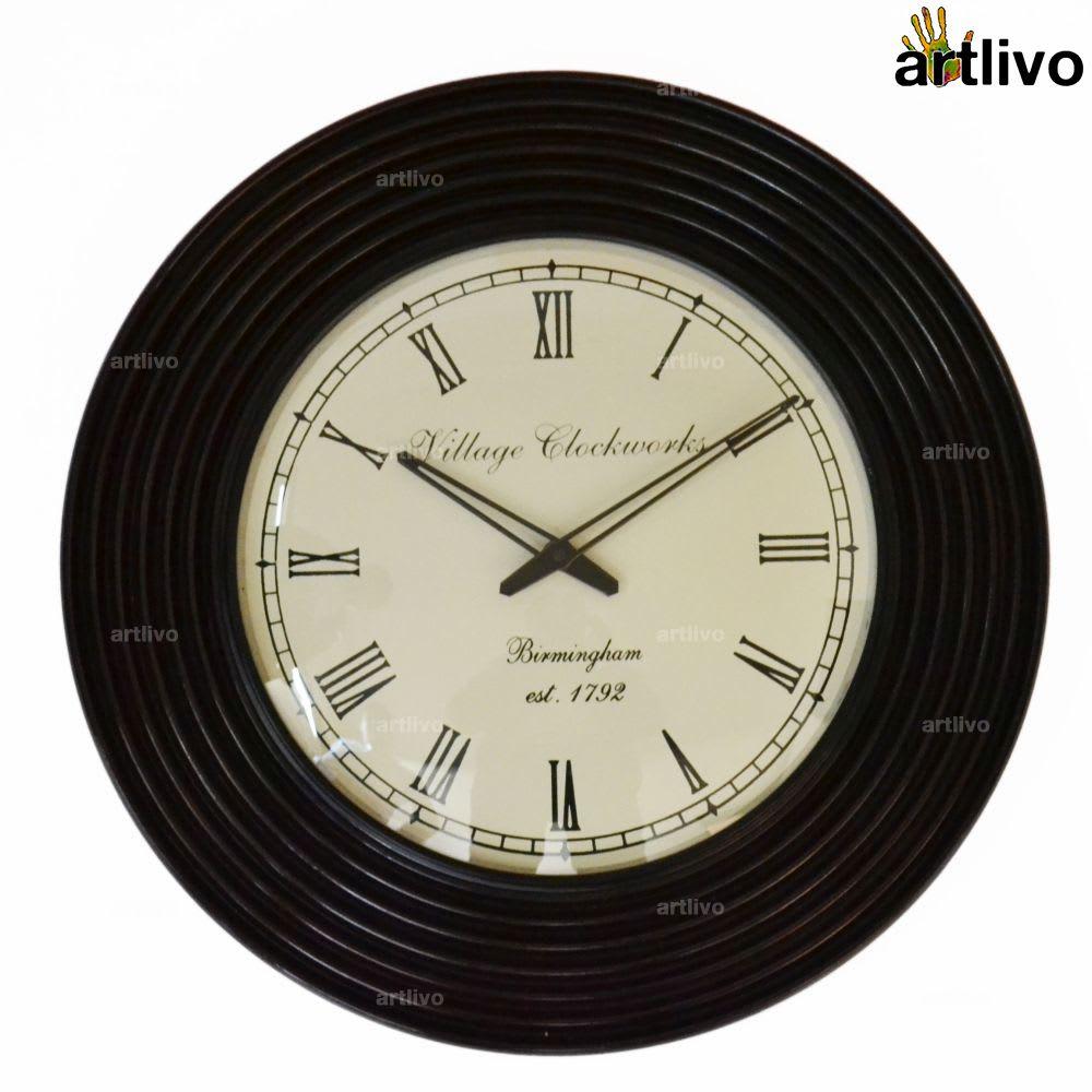 "MAPLE Ripple Round Wall Clock 18"""