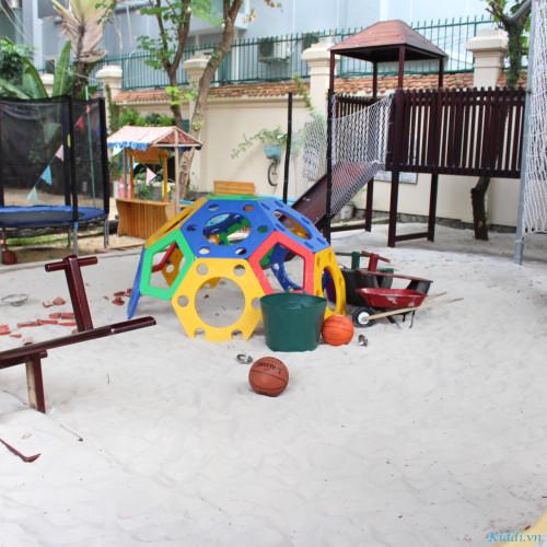 Wonderkids Montessori School - Tống Hữu Định