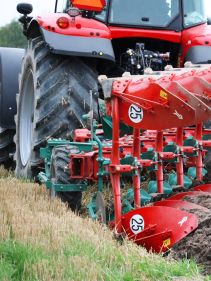 Kverneland Body 38 fitted to Kverneland 2500 i-plough