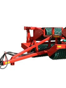 Kverneland Actiroll compact while transported