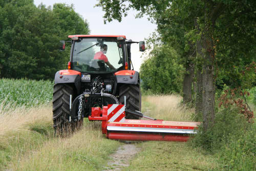 Choppers - VICON BROMEX M PLUS, suitable for road maintenance, clearing out field edges, ditches and hedges. High performance with front and rear choppers