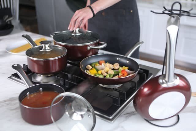 Which Cookware Is Safe For Your Family? Ceramic VS Nonstick VS Stainless Steel Cookware!!!