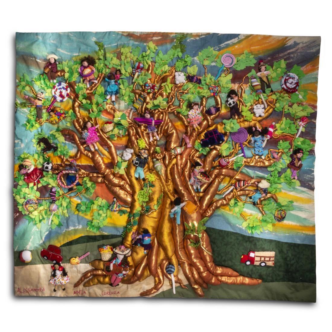 Dreamland Tree - Large