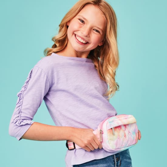 Picture of Cotton Candy Heart Belt Bag