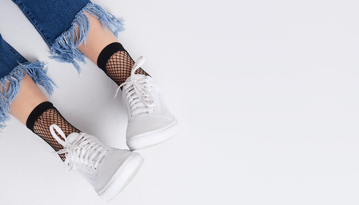 1a9b8d8fe Black Luna Oversized Fishnet Ankle Socks