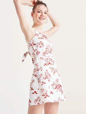 e8b93f2801e Add to Wish List Red and White Scenic Millie Linen Blend Mini Dress