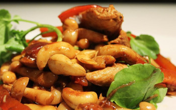 Chicken or Turkey and Cashew Stir Fry