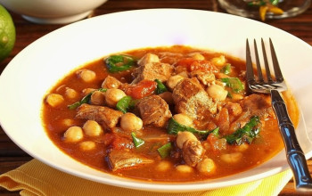 Lamb Stew with Spinach & Garbanzo Beans