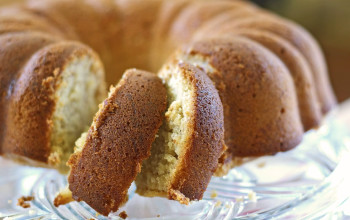 Brown Sugar Banana Pound Cake
