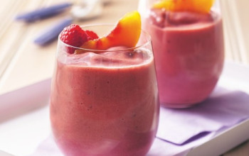 Peach Berry Smoothie