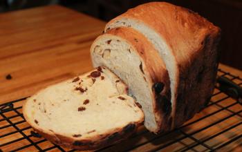 Raisin Bread for the Bread Machine