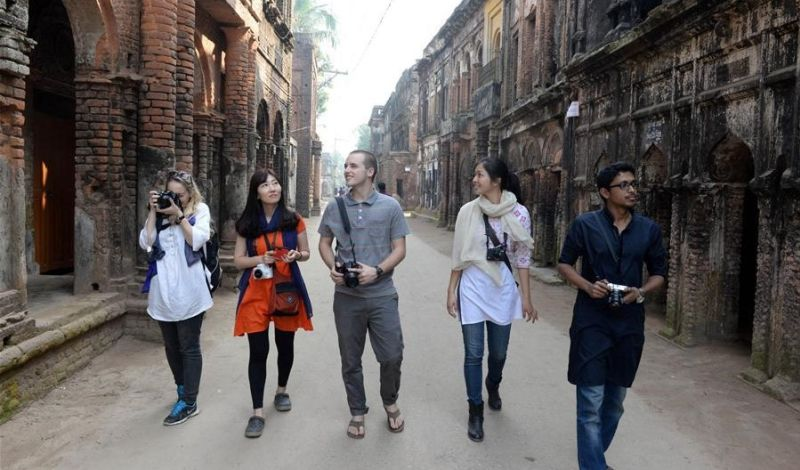 Avijatrik: Dhaka City Walking Tour: Experience History & Culture in Bangladesh