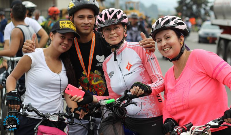 SiCLas: Medellín Biking Tour: Food, Nature, and History Converge