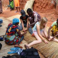 Eco adventure tours - Benin artist