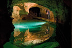 Jenolan Caves Getaway Package For 2