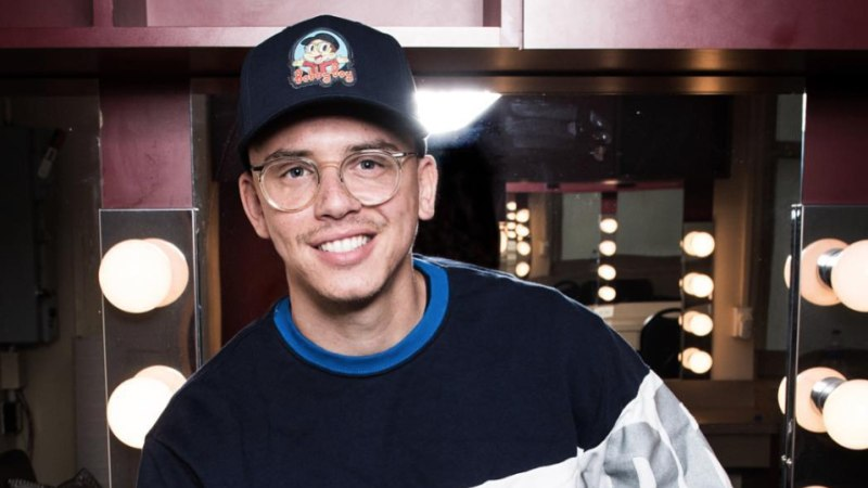 Logic makes history as the first rapper with a No  1 best