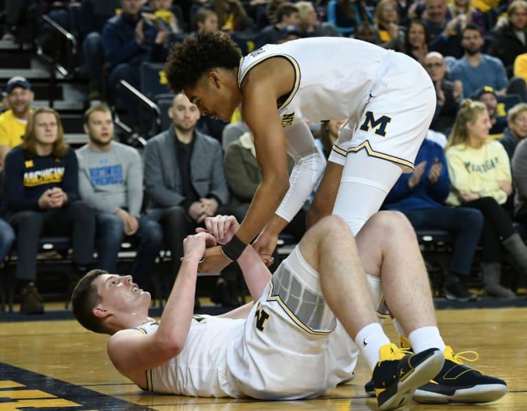 107dda40e68a Michigan Wolverines Basketball-Jordan Poole Earned Reggie Miller s Respect