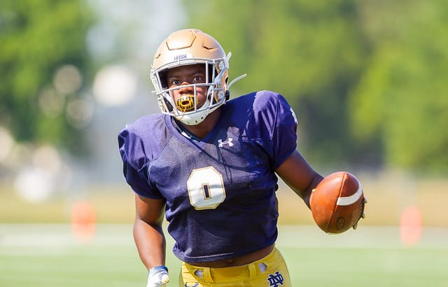 The latest news and notes on Notre Dame Fighting Irish football.