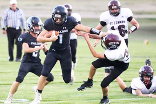 There he goes, Mark Wahlberg, er, Gavin Sheen (1) racing downfield in last year's win over St. Edward. Gavin is this week's featured subject in our Getting to Know series.
