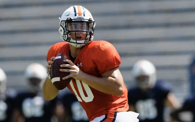 Auburn goes with freshman Nix as starting QB