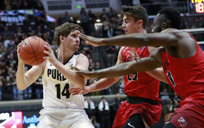 Iowa Routed by MI  74-53 in Big Ten Tournament Quarterfinals