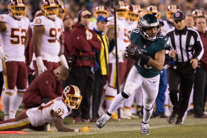 Former Irish wide receiver Golden Tate caught seven passes for 85 yards and one touchdown in a win over the Washington Redskins.