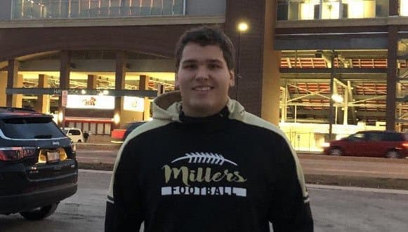 TheHoosier.com - Noblesville (Ind.) Three-star OG Cameron Knight Commits to IU