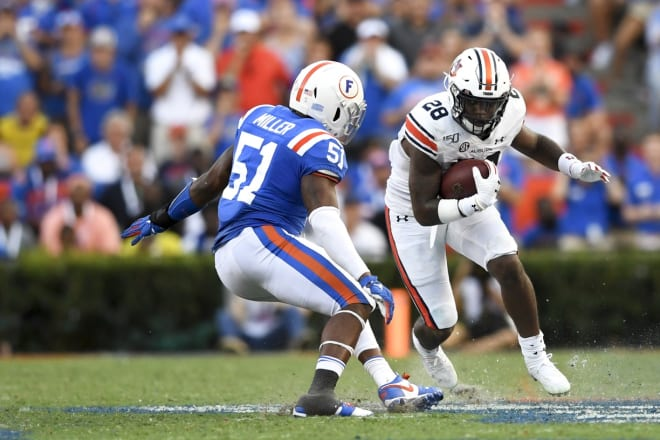 Whitlow is out 4-6 weeks after injuring his knee at Florida.