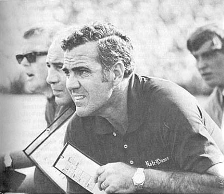 Former Notre Dame football coach Ara Parseghian dies at 94