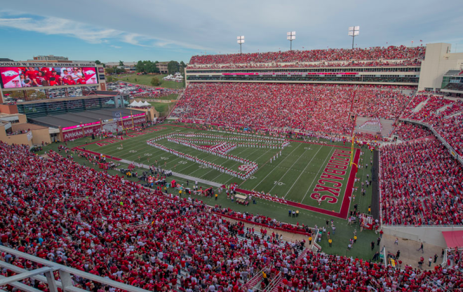 Arkansas announces home-and-home football series with Notre Dame