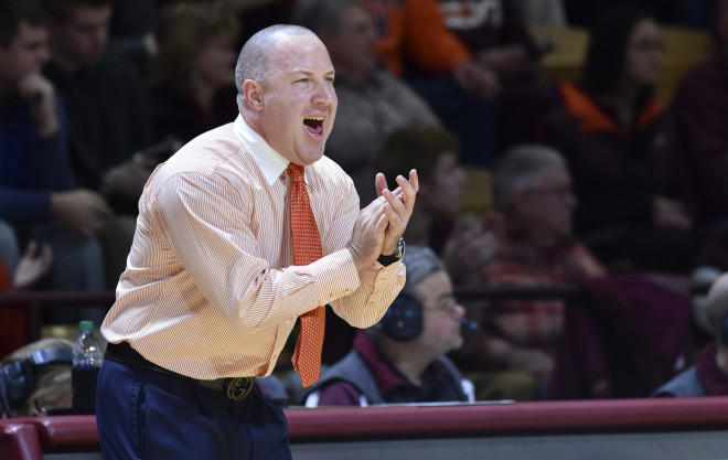 Hokies drop road battle with Louisville