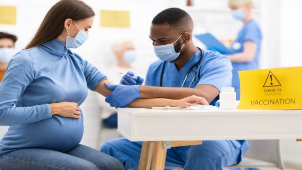 Is It Safe to Get a COVID Vaccine If You're Pregnant or Breastfeeding?