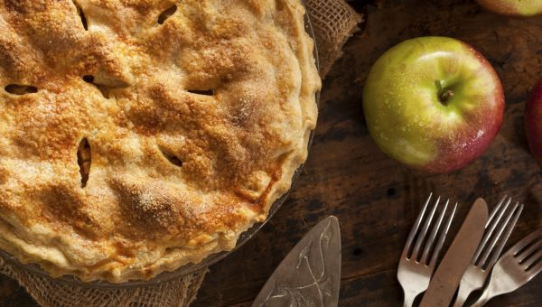 Apple Pie With Oatmeal Cookie Crust