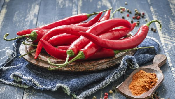 """Eating spicy foods will cause stomach ulcers."""
