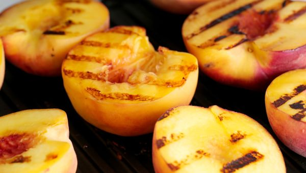 5. Peaches, honey and cinnamon