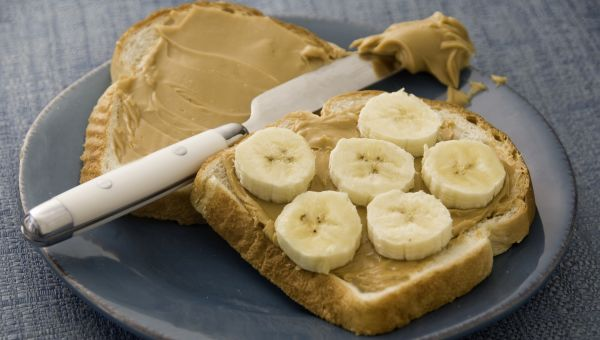 66. Banana and peanut butter on toast