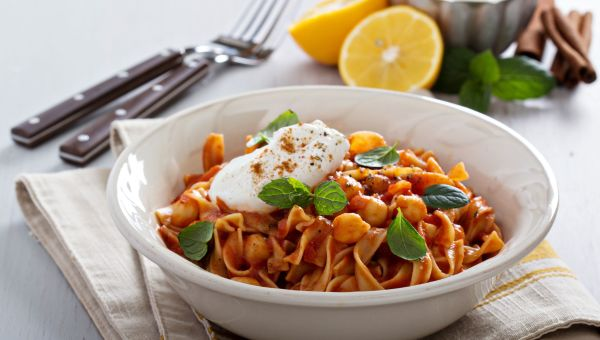 Whole Grain Pasta with Chickpeas