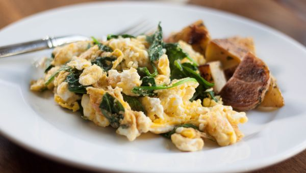 38. Spinach and egg white scramble